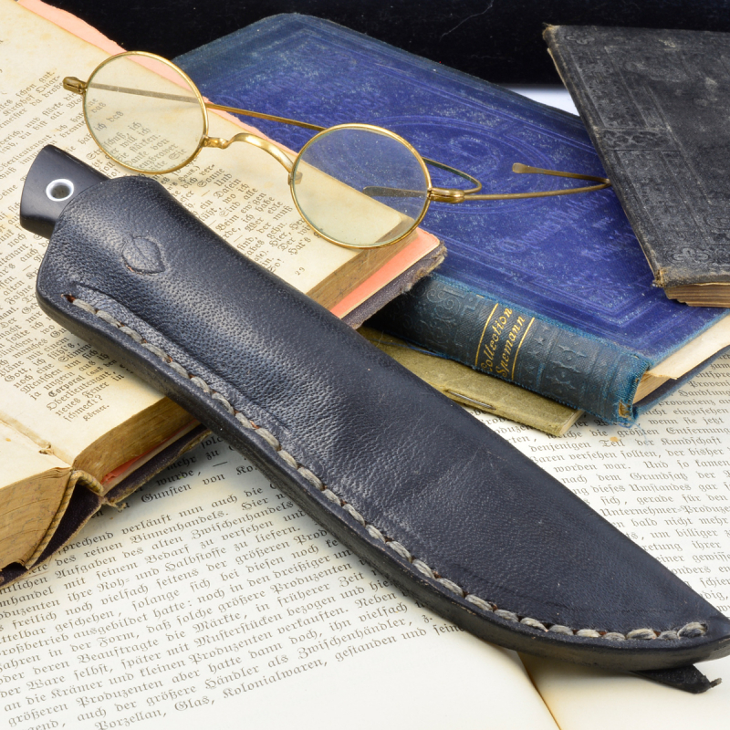 Collector Knife from Heidi Blacksmith