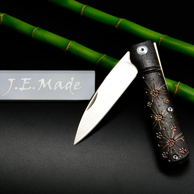 J.E. Made Knives - Swayback Plum Bloom M390 Clip Titan Slipjoint Messer Handarbeit