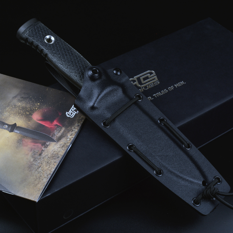 TRC Mille Couri tactical knife made of Vanadis 4E steel with DLC coating