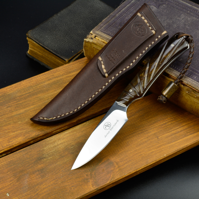 Marmoset - Arno Bernard Knives - Small hunting knife from N690 with handle from giraffe bone