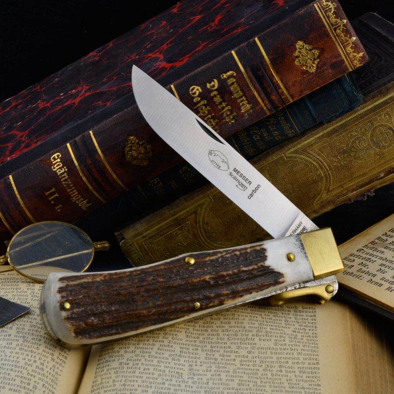 Big Otter Hunting pocket knife carboon steel