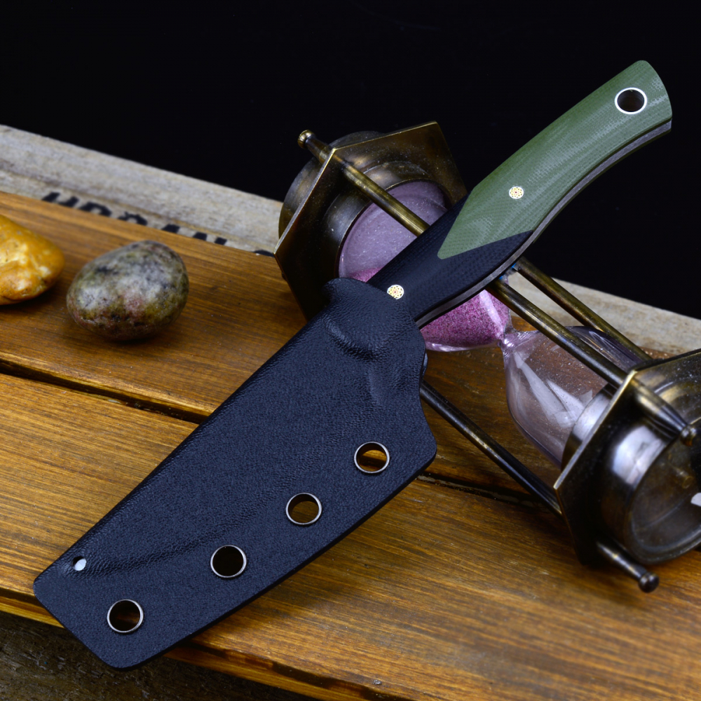 Heidi Blacksmith # 1 Knife by Bestech Knives Handle G10 black / olive D2 steel