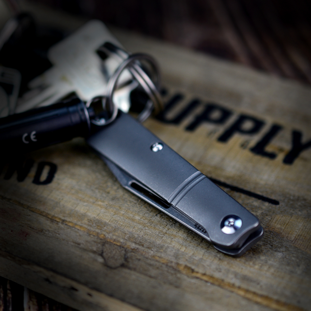 J.E. Made Knives Barlow Mini Titan with S35VN stonewashed - knife key ring