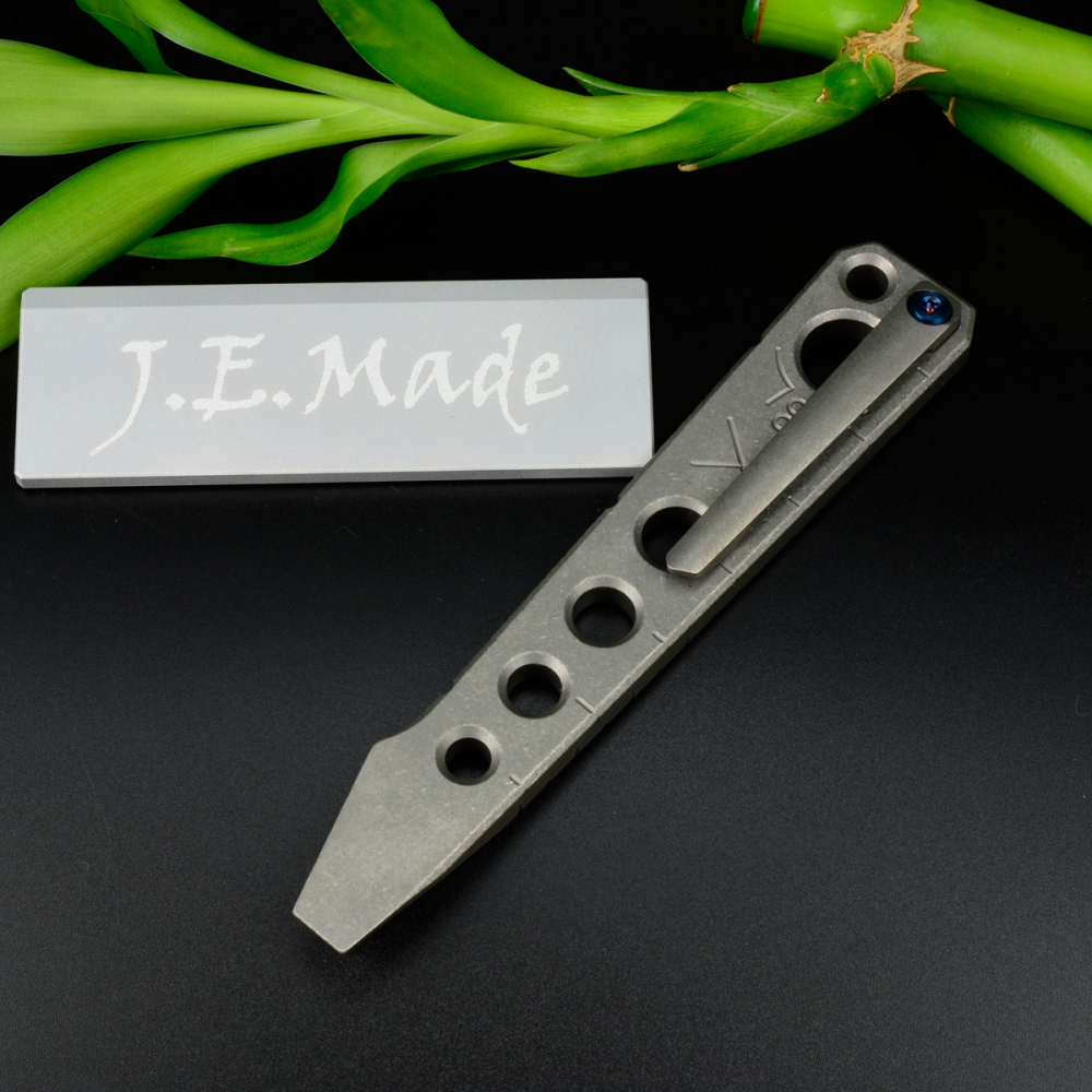 J.E. Made Knives - Pry Bar Titan Tool mit Clip