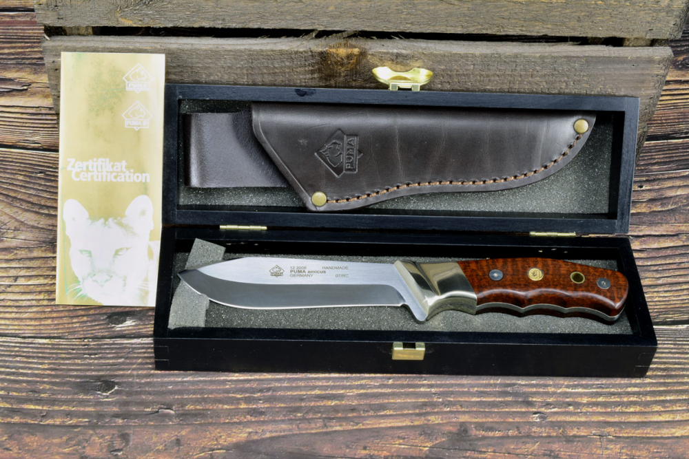 Rarity - Puma Amicus 122006 from 2007 with a snakewood handle incl. Certificate and wooden box