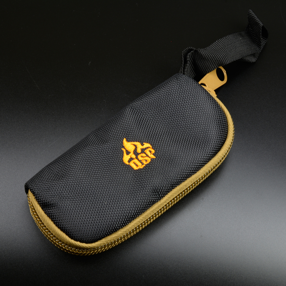 QSP Single pouch in padded Cordura with zipper